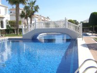 Well maintained ground floor apartment  with large communal pool, (1)