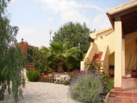 Luxury 2 bed semi-detached villa on the prestigious 5* Hacienda Golf Resort  (11)