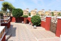 Impressive villa on a corner plot with hot tub and large garden (30)