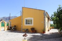 Villa with private pool and additional detached accommodation (15)