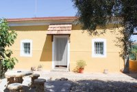 Villa with private pool and additional detached accommodation (16)