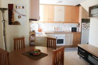 Fantastic apartment, community pool, parking & walking distance to the beach (7)
