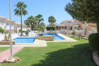 Impressive, south-east facing Lola with large corner plot and communal pool (25)