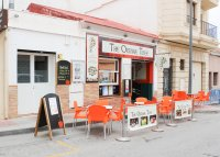 Well-established and popular café and restaurant in Algorfa village  (14)