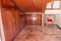 Impressive villa with private pool, just two minutes' walk to Quesada high street (20)