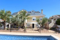 Impressive villa with private pool, just two minutes' walk to Quesada high street (35)