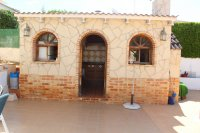Impressive villa with private pool, just two minutes' walk to Quesada high street (29)