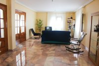 Impressive villa with private pool, just two minutes' walk to Quesada high street (8)