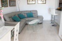 Immaculate ground floor apartment with community pool (2)