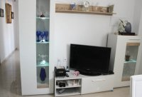 Immaculate ground floor apartment with community pool (4)