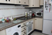 Immaculate ground floor apartment with community pool (9)
