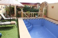 Well-presented villa with private pool and many extras (24)