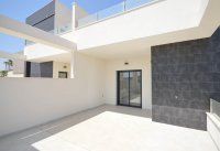Semi detached villas with private pools walkable to amenities (16)
