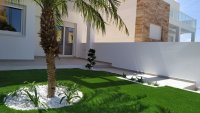 4 bedroom town houses with underbuild & communal pool within walking distance of the Mar Menor (8)