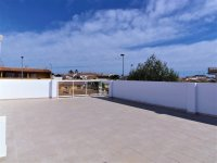 4 bedroom town houses with underbuild & communal pool within walking distance of the Mar Menor (15)
