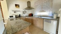 Large 4 Bedroom Detached Villa with incredible 360 degree views (5)