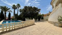 Large 4 Bedroom Detached Villa with incredible 360 degree views (12)