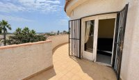 Large 4 Bedroom Detached Villa with incredible 360 degree views (9)