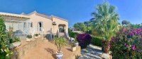 Modernised Villa with Beautiful Gardens close to services in a quiet residential street  (0)