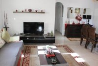 Immaculate semi-detached villa with communal pool in good location (7)