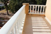 Immaculate semi-detached villa with communal pool in good location (18)