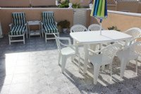 Very well-presented villa with private pool and off-road parking (23)