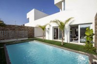 Stunning 3 bed villa with private pool and underground garage. (16)