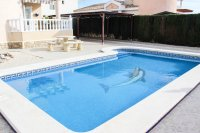Immaculately presented villa with private pool and off-road parking (28)
