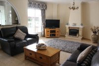 Immaculately presented villa with private pool and off-road parking (2)