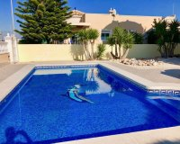 Immaculately presented villa with private pool and off-road parking (1)