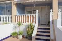 Ideally located townhouse with communal pool on gated community (14)