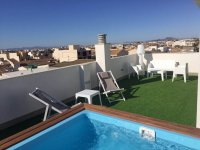 Comfortable two bedroom apartments with private terrace & communal solarium (12)