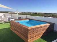 Comfortable two bedroom apartments with private terrace & communal solarium (10)