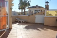 Lovely bungalow with solarium and communal pool (14)