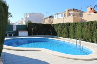 Lovely bungalow with solarium and communal pool (21)