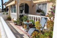 Lovely bungalow with solarium and communal pool (20)