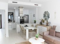 Well-presented, contemporary style villa with private pool & off-road parking (6)