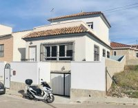 Detached 3 bedroom villa with garage in Benijofar (1)