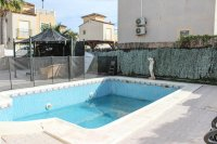 Large 3 bed detached villa, with private pool in quiet cul-de-sac (18)