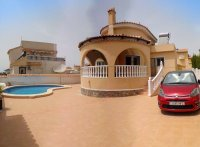 Stunning detached south facing villa with 8 x 4m pool (12)
