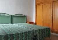 Fully refurbished 3 bedroom, 1 bathroom bungalow (9)