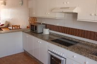 Well presented 2 bed, 2 bath bungalow on 18 hole golf course (8)