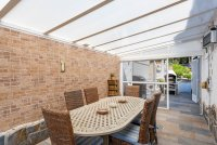 Stunning 3 bed, 2 bath villa, with private pool, landscaped gardens and garage. (21)