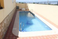 Cosy, 2-bedroom, 1-bathroom apartment on gated community with community pool  (5)