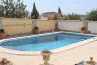 Bright, spacious 3 bed, 2 bath detached villa with private pool and off road parking (1)