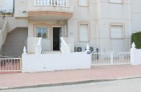 LONG TERM RENTAL (Min. six months) - Well-presented apartment with comm. pool (0)