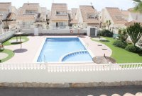 Well presented 3 bedroom detached villa with communal pool (1)