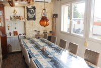 4 bed 2 bath detached villa with private pool, complete with separate 2 bed apartment. (20)