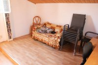 4 bed 2 bath detached villa with private pool, complete with separate 2 bed apartment. (27)