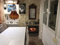 4 bed 2 bath detached villa with private pool, complete with separate 2 bed apartment. (23)